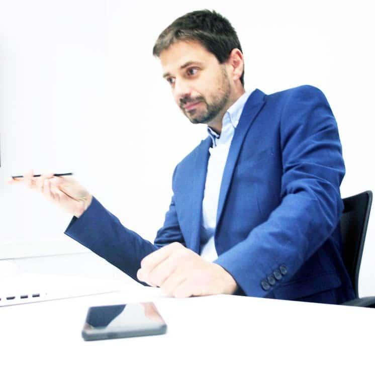 Ángel Moncada especialista en marketing digital